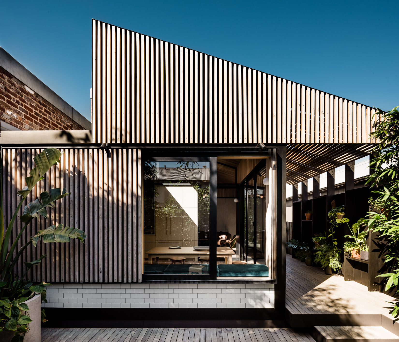 This Semi Detached Workeru0027s Cottage In Cremorne, Melbourne, Was At The  U0027point Of No Returnu0027. Home To Architect Michael Artemenko, Co Director Of  FIGR, ...