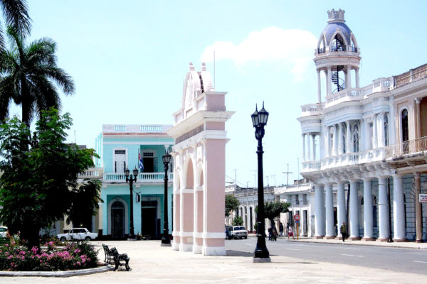 Historic centre of Cienfuegos by Yulka Lucia