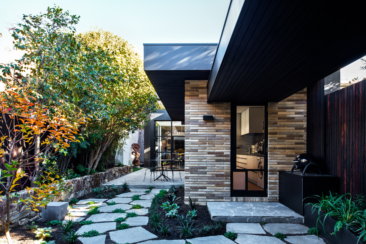 Terrace House by Inarc Architects